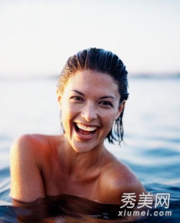 法国裸体大全_项目:裸体游泳 场所:法国尼斯,希腊的dise beach,温哥华的wreck