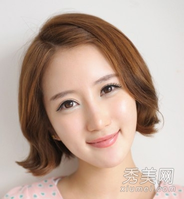 2013韩式短发烫发发型 韩式短卷发发型图片