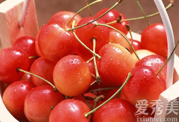 腿疼痛有良效.樱桃树樱桃树的管理夏季修剪枝叶(出忙、扭梢、短图片