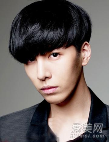 男生刘海发型设计 时尚短发完美修饰头型图片