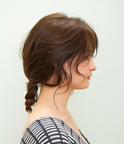 中长发发型扎法及步骤 简简单单打造女性优雅style图片