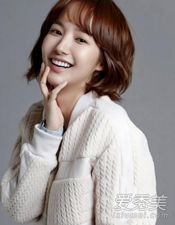 韩系减龄短发图片 30 女人发型首选