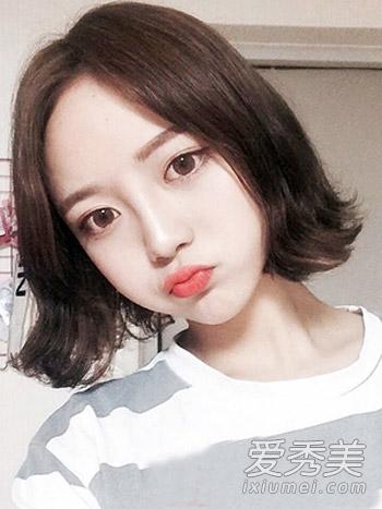 女生中短发发型图片1