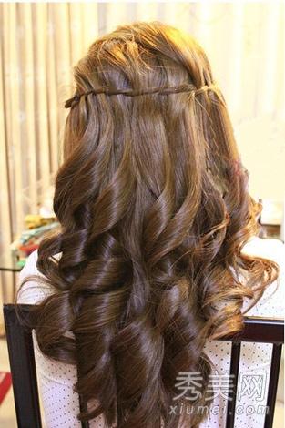 长卷发怎么扎好看 超美的韩式半扎发教程图片
