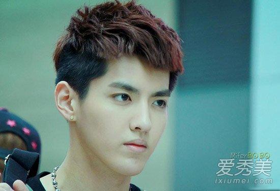 吴亦凡发型图片,一款染色西瓜皮刘海,帅气时尚,极短的发型显得清爽图片