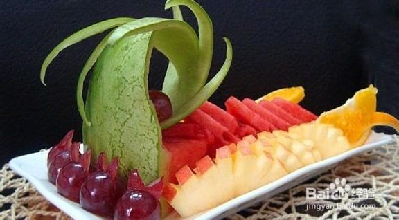 缤纷水果拼盘的做法