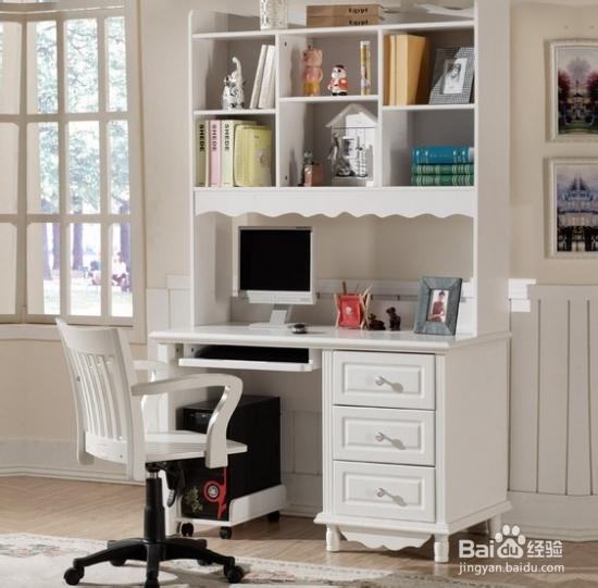 无论是上网娱乐,学习或办公,都需要舒适休闲的环境,家用电脑桌都是图片