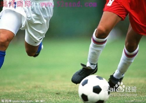 详细了解足球踢球 技术 动作的组成-足球技术包括 足球基本 技术 踢球图片