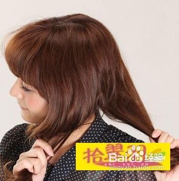 今年最流行的伴娘发型侧编法 高清图片
