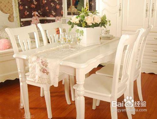 【欧式实木餐桌】如何选购实木餐桌图片