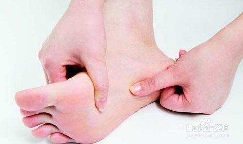 脚背长痣代表什么