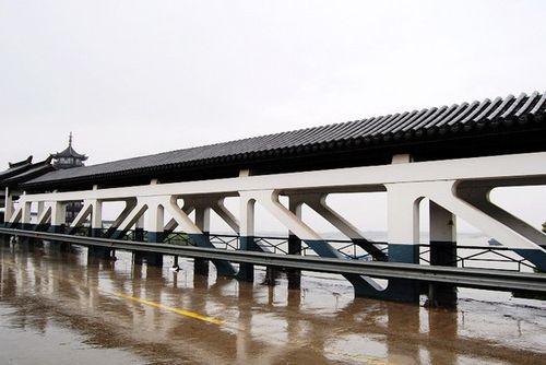 )   南湖冲浪游80元/艇(限乘6人)   周庄汽车站到古镇可乘出租高清图片