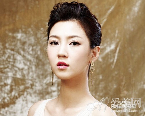 韩式无刘海新娘发型 突显女神气息图片