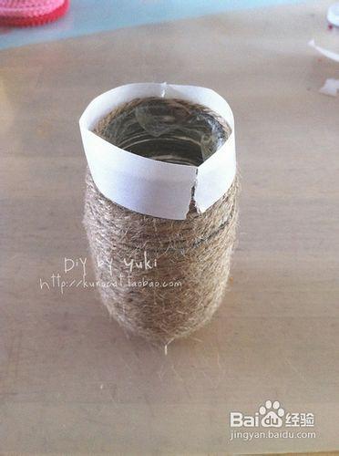 diy——废旧玻璃瓶制成漂亮花瓶图片