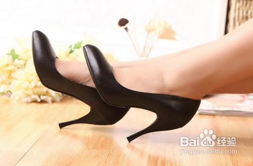 高跟鞋打造您的美足