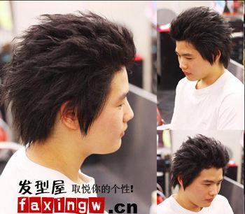 男生烫发发型与脸型搭配图片