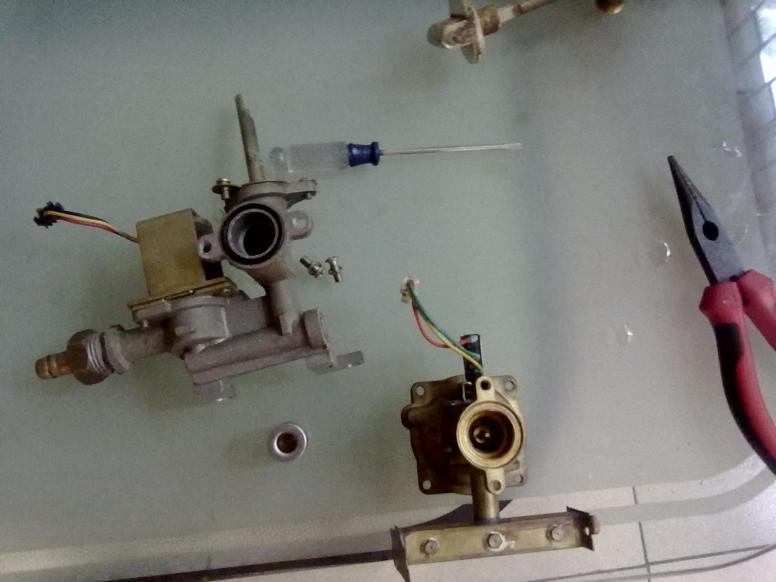 热水器混合阀阀柄怎么拆下来分享展示
