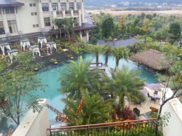 溪山温泉度假酒店(青甲池畔店)
