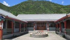 北京密云水库山野卧龙泉旅游观光园