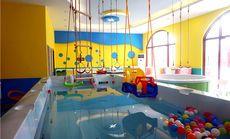 小de时代婴儿游泳馆