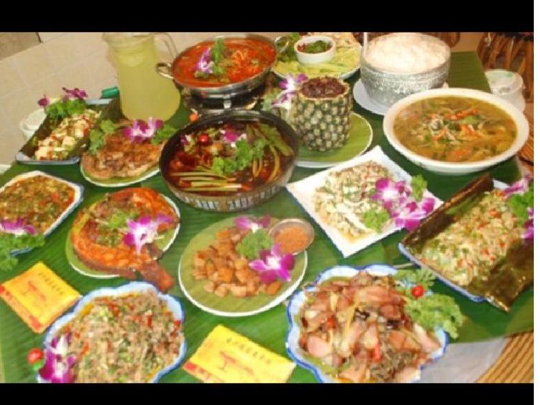 曼洪傣家美食园