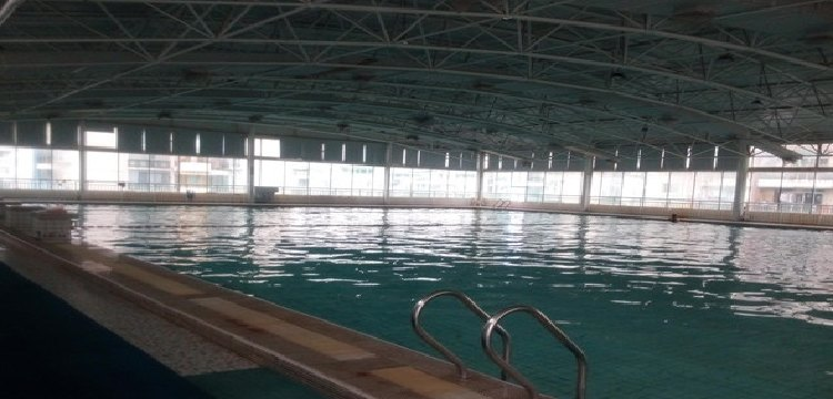百步亭恒温泳馆