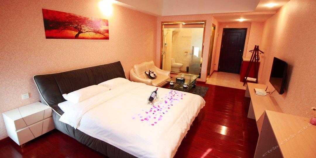 乐途酒店公寓(万达广场店)