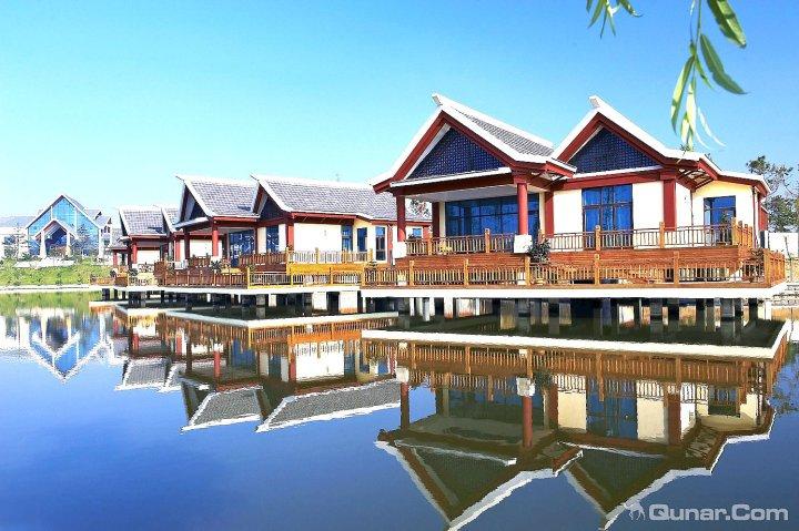 威海汤泊名称度假村别墅温泉电梯图片