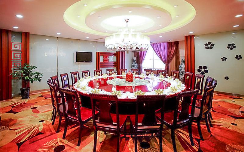 河北汇宾大酒店自助餐厅