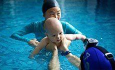 优瑞国际亲子游泳