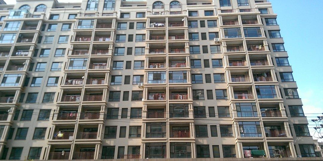 庄河时尚快捷日租短租公寓(西山湖畔店)