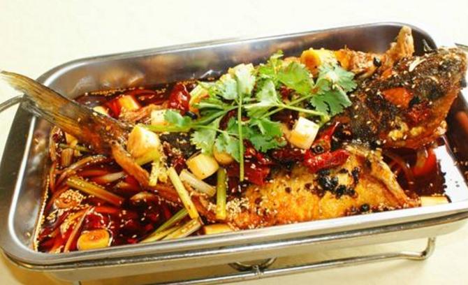 胡同烤鱼(建国路店)
