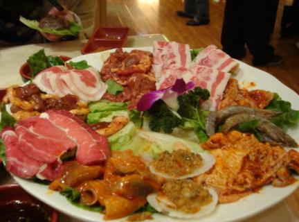 春园烤肉王(中央大道店)