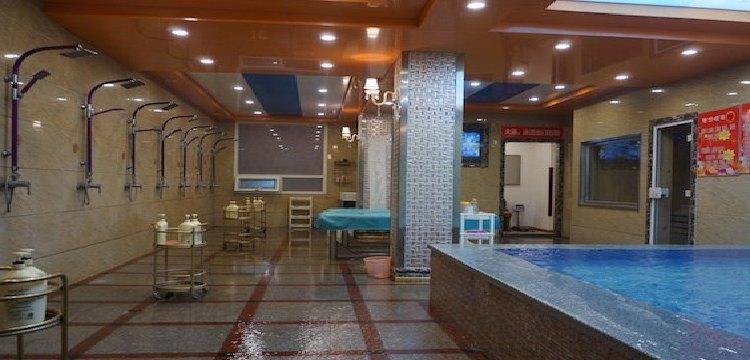 大明湖洗浴