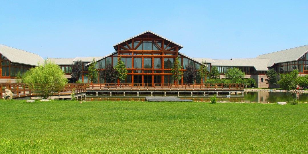 唐山南湖紫天鹅庄名称别墅怀远县皖木屋别墅图片
