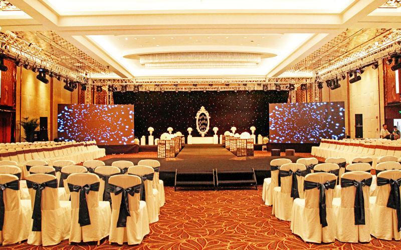 北京新云南皇冠假日酒店钢琴酒廊