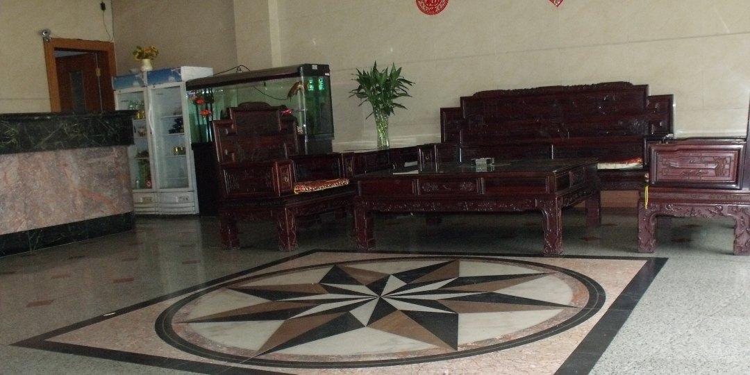 扁皮子木头囹�a_黄镓酒店