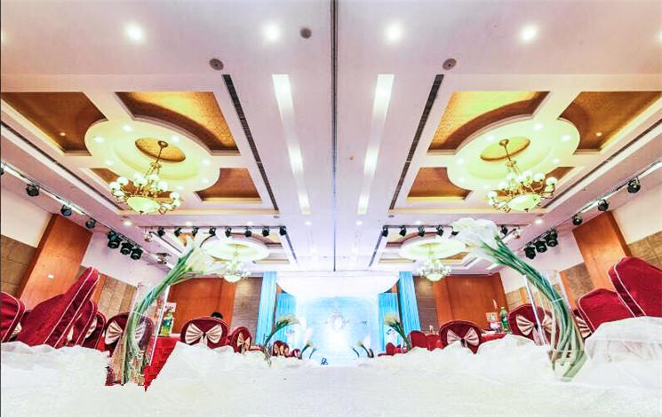洪广大酒店游泳池