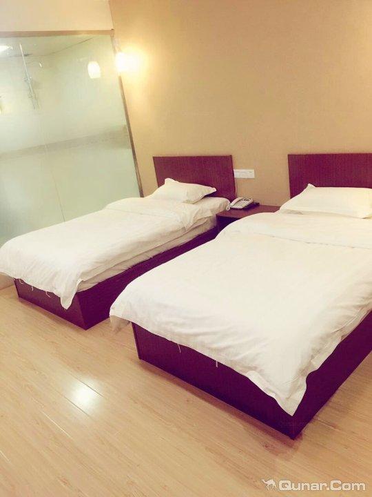 尚客优快捷酒店(锦绣广场店)