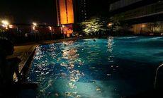 皇冠假日酒店恒温游泳池