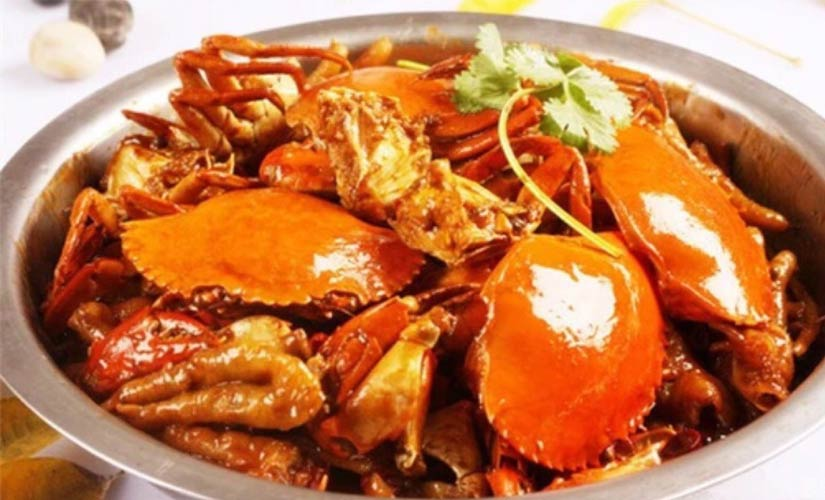 大嘴肉蟹煲