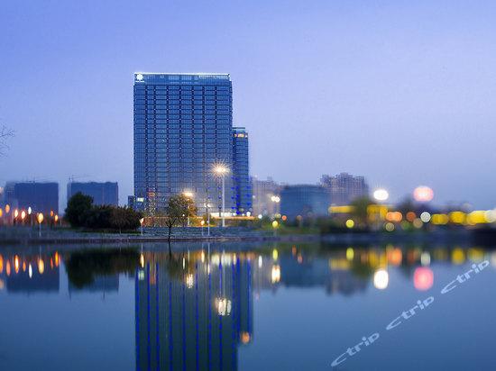 水晶蓝湾公寓酒店