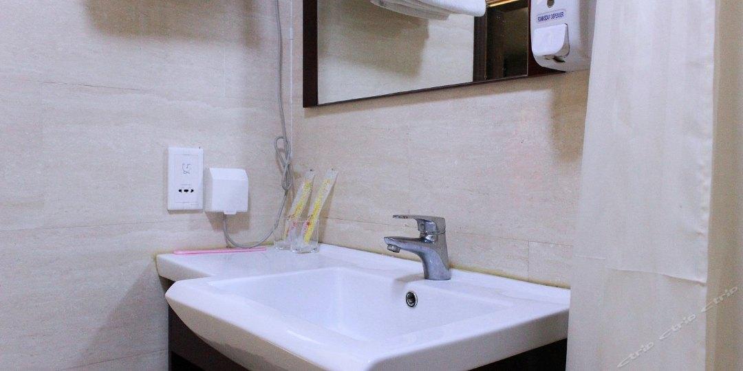 沙仑玫瑰酒店式公寓(太原街店)