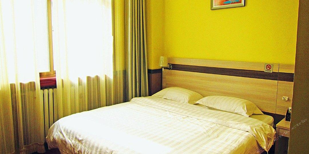 埃菲尔精品酒店