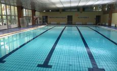 半岛游泳健身会所
