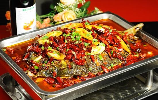 鱼过添情烤全鱼