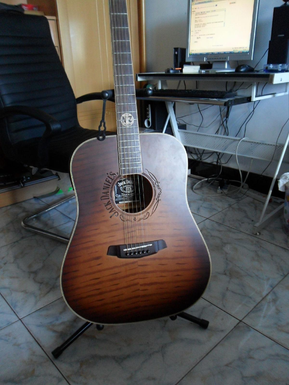 吉他背带、谱架、琴架、脚踏、张利老师亲自录制的入门教学、高清图片