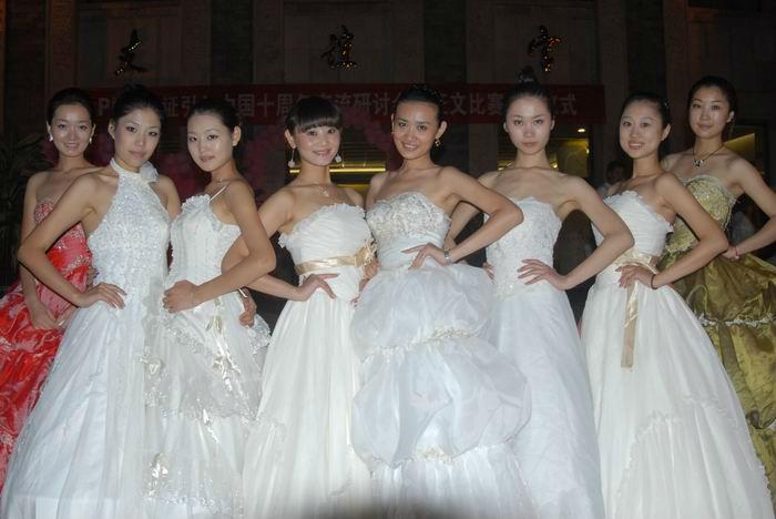 要看美女就来杭州环球金殿新开业公司最新官方网站