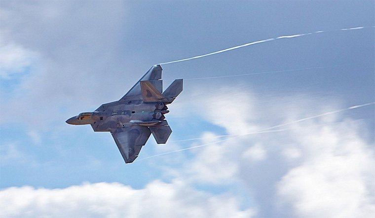 f22与j20发动机喷射口在隐形方面哪个更优秀点??