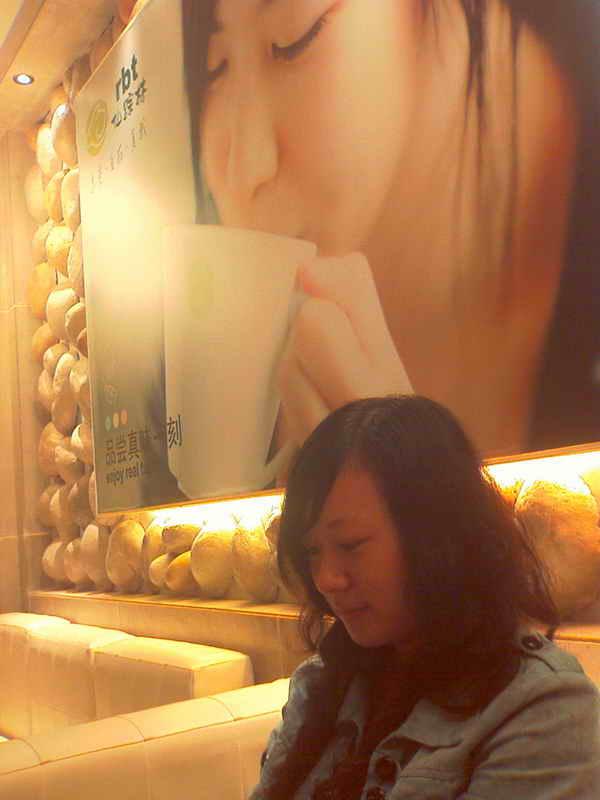 美女吃遍武汉美食